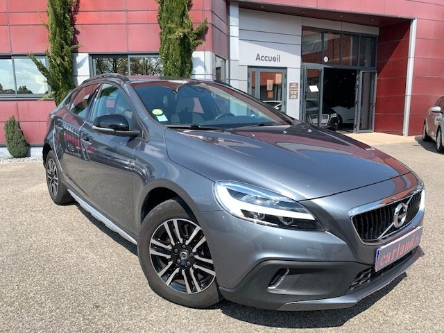 VOLVO - V40 CROSS COUNTRY - D3 150CH BUSINESS GEARTRONIC n° 1