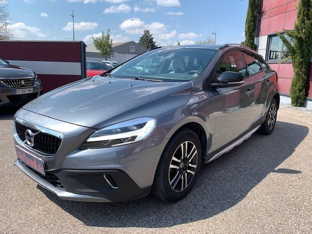 VOLVO - V40 CROSS COUNTRY - D3 150CH BUSINESS GEARTRONIC n° 3