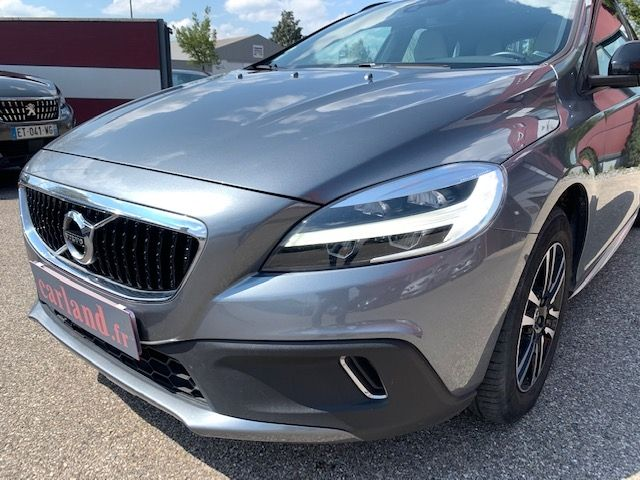 VOLVO - V40 CROSS COUNTRY - D3 150CH BUSINESS GEARTRONIC n° 4