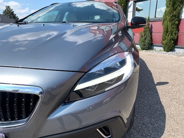 VOLVO - V40 CROSS COUNTRY - D3 150CH BUSINESS GEARTRONIC n° 5