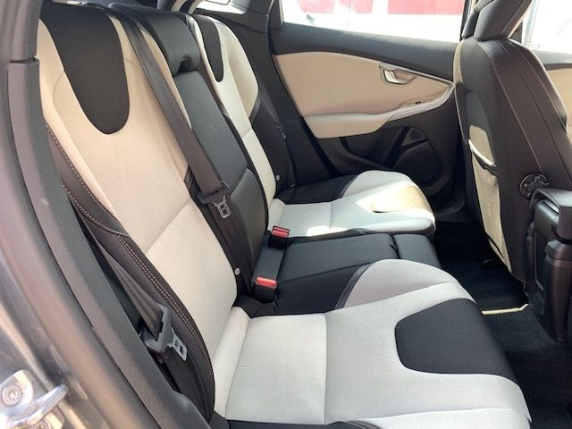 VOLVO - V40 CROSS COUNTRY - D3 150CH BUSINESS GEARTRONIC n° 11